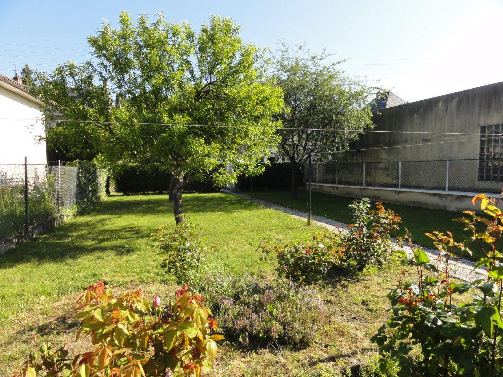 Maison à vendre 4 64.11m2 à Cuise-la-Motte vignette-6