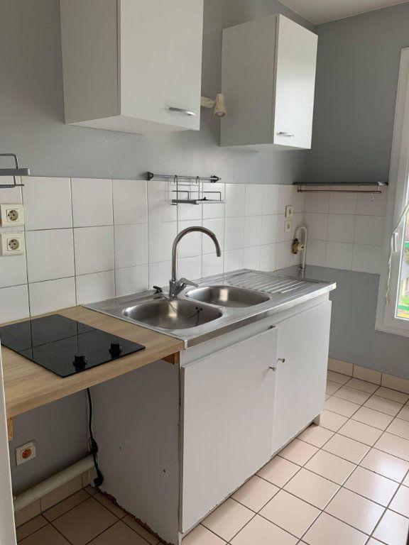 Appartement à louer 2 48.44m2 à Compiègne vignette-2