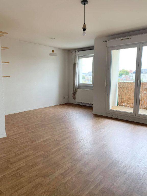 Appartement à louer 2 48.44m2 à Compiègne vignette-3