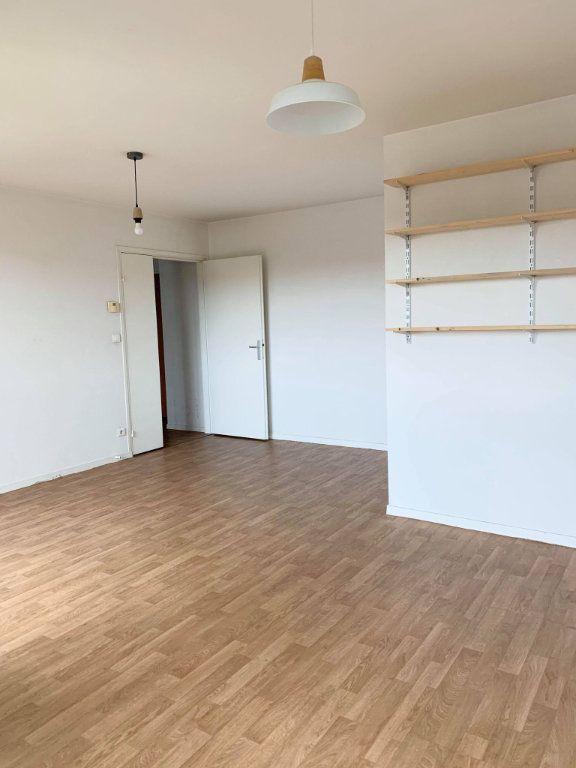 Appartement à louer 2 48.44m2 à Compiègne vignette-4