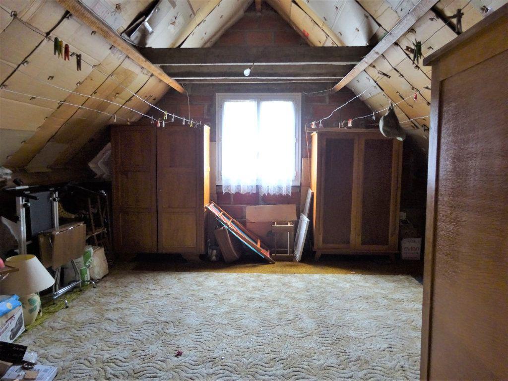 Maison à vendre 3 115m2 à Couloisy vignette-9