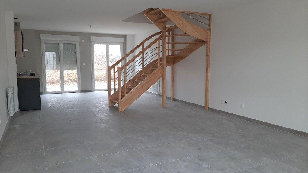 Maison à vendre 5 105.5m2 à Clairoix vignette-2