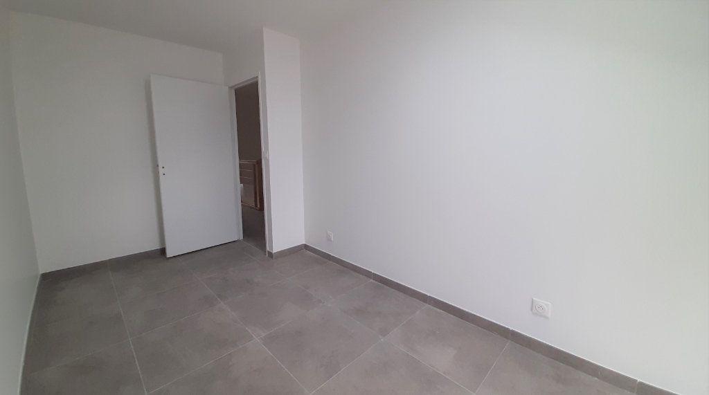 Maison à vendre 5 105.5m2 à Clairoix vignette-7