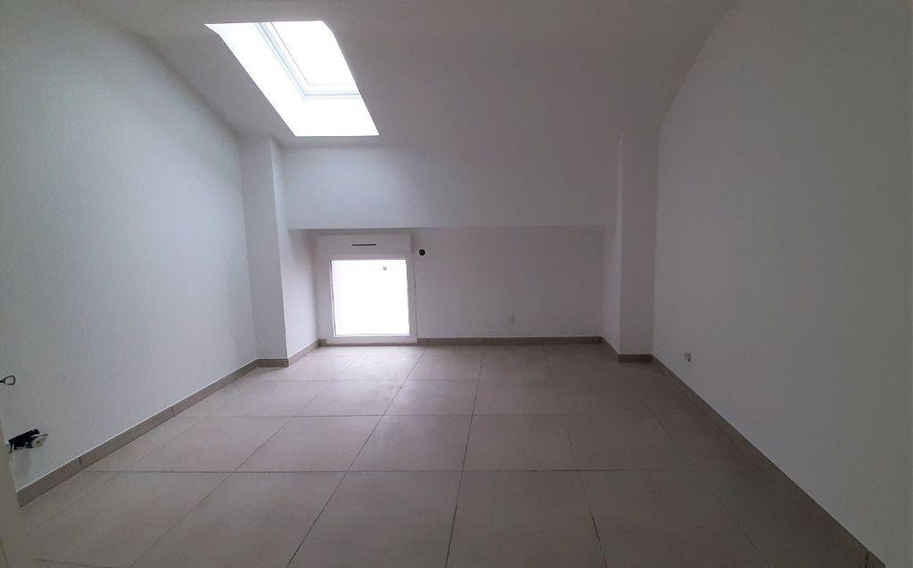 Maison à vendre 5 97m2 à Clairoix vignette-5