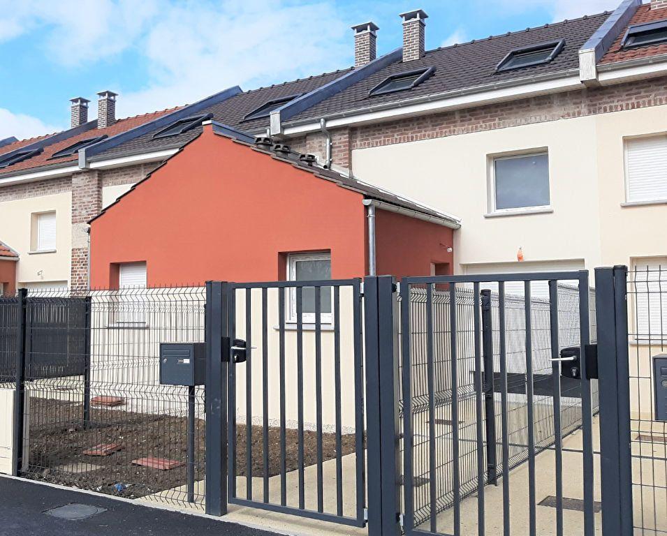 Maison à vendre 5 100.3m2 à Clairoix vignette-1