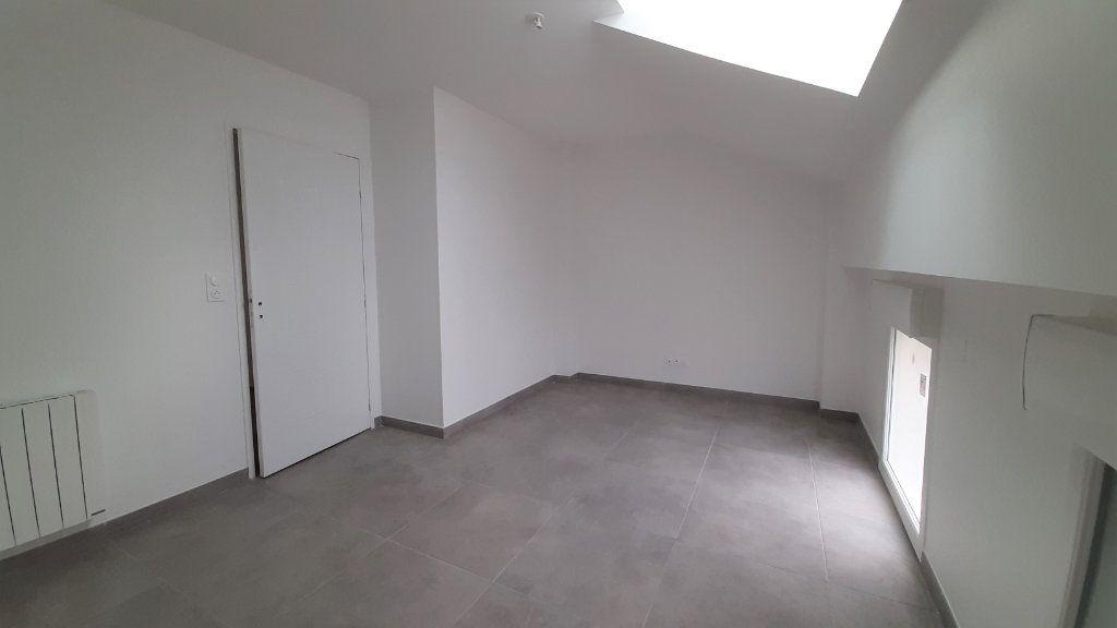 Maison à vendre 5 100.3m2 à Clairoix vignette-5