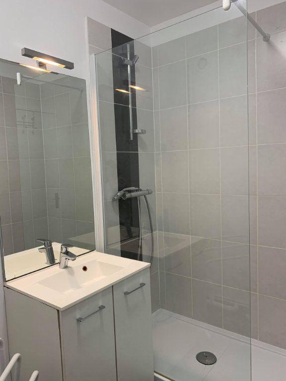 Appartement à louer 1 23.9m2 à Compiègne vignette-7