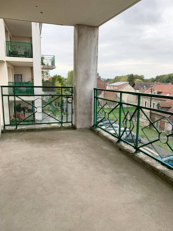 Appartement à louer 3 67.46m2 à Compiègne vignette-7