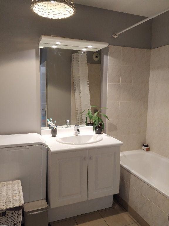 Appartement à louer 2 50.9m2 à Margny-lès-Compiègne vignette-5