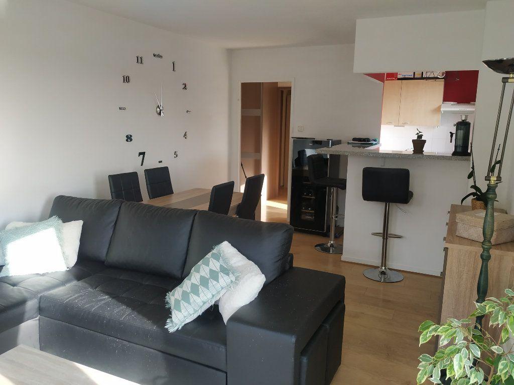 Appartement à louer 2 50.9m2 à Margny-lès-Compiègne vignette-6