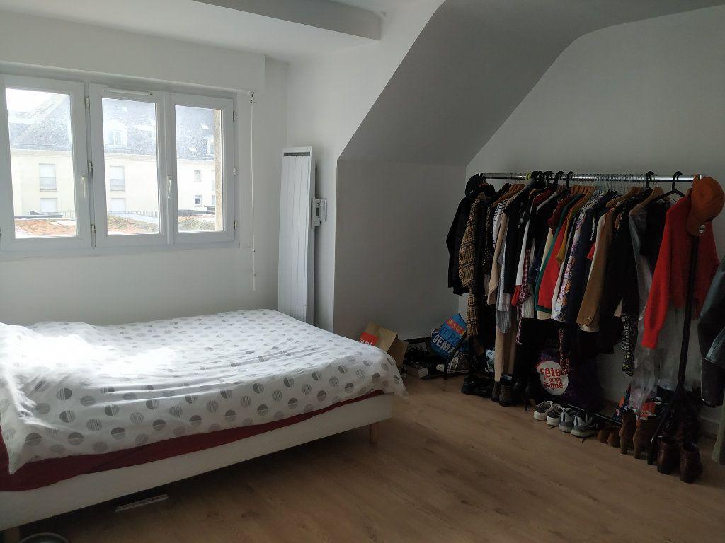 Appartement à louer 3 53.16m2 à Compiègne vignette-4