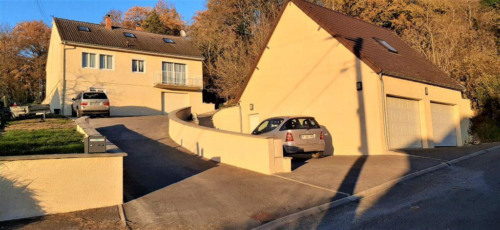 Maison à vendre 6 130m2 à Cuise-la-Motte vignette-1