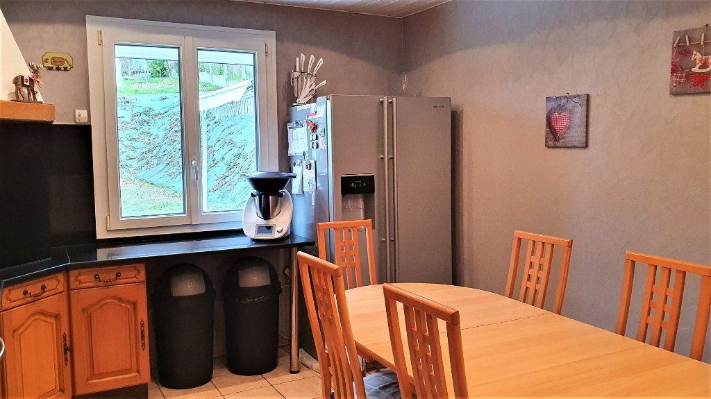 Maison à vendre 6 130m2 à Cuise-la-Motte vignette-5
