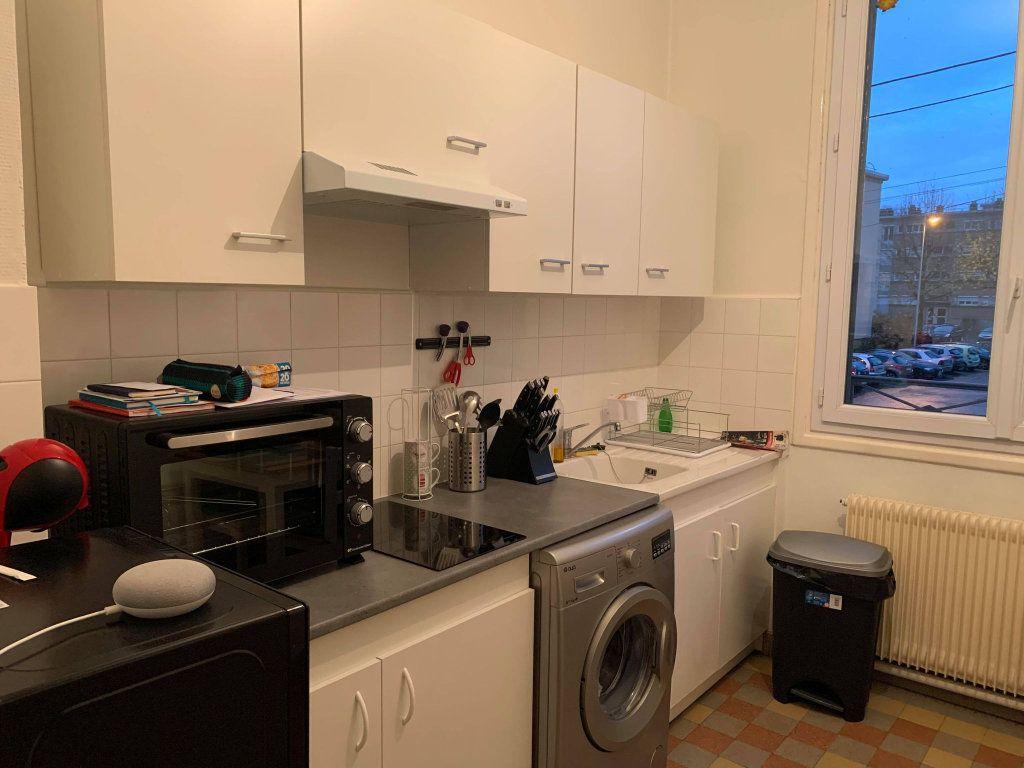 Appartement à louer 2 38.35m2 à Compiègne vignette-2