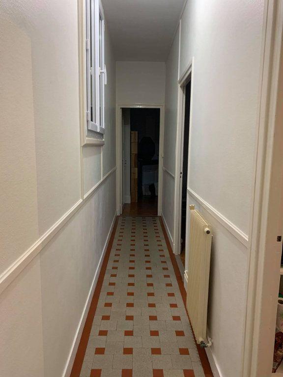 Appartement à louer 2 38.35m2 à Compiègne vignette-3