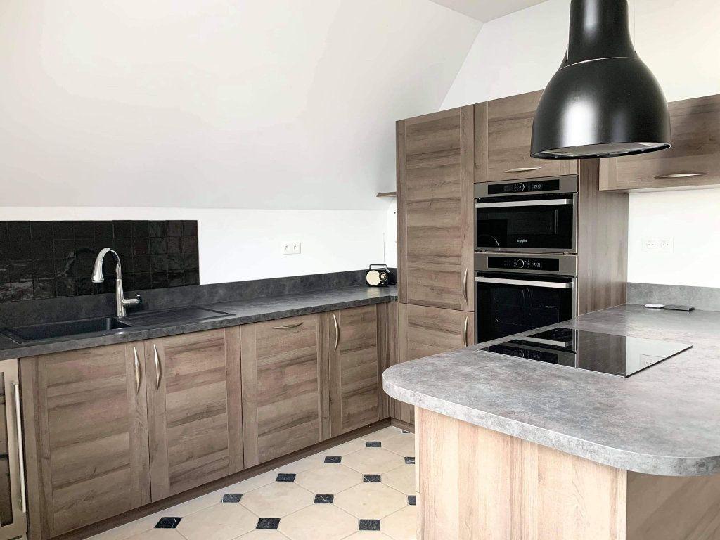 Appartement à louer 3 100.44m2 à Clairoix vignette-3