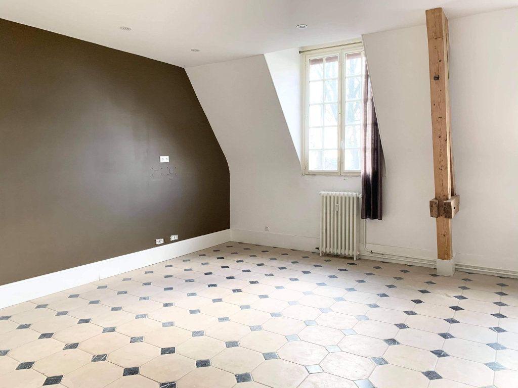 Appartement à louer 3 100.44m2 à Clairoix vignette-4