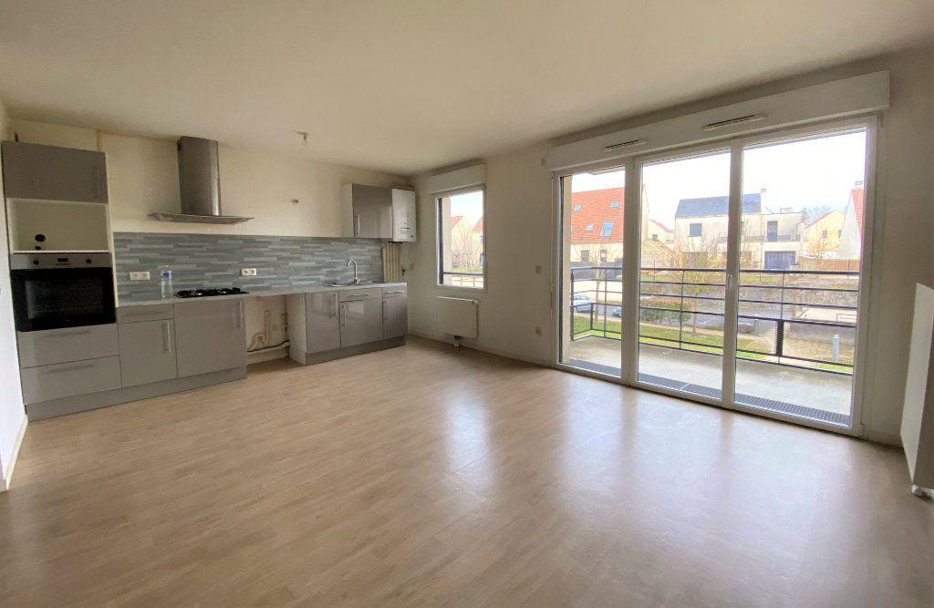 Appartement à vendre 3 66.84m2 à Compiègne vignette-1
