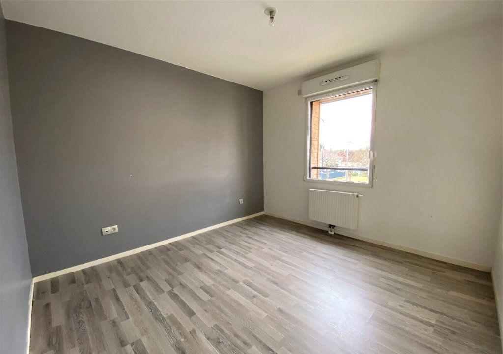 Appartement à vendre 3 66.84m2 à Compiègne vignette-4
