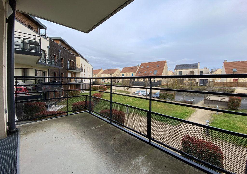 Appartement à vendre 3 66.84m2 à Compiègne vignette-6