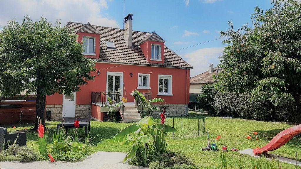 Maison à vendre 6 150m2 à Compiègne vignette-1