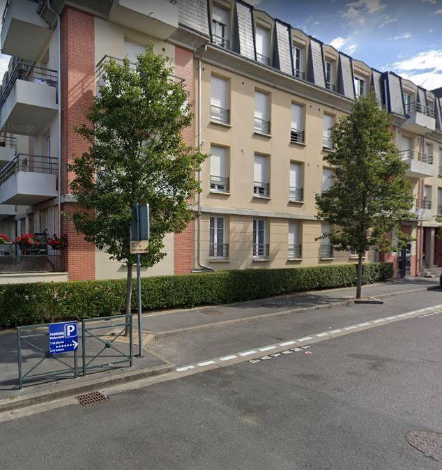 Appartement à louer 1 28.3m2 à Margny-lès-Compiègne vignette-1