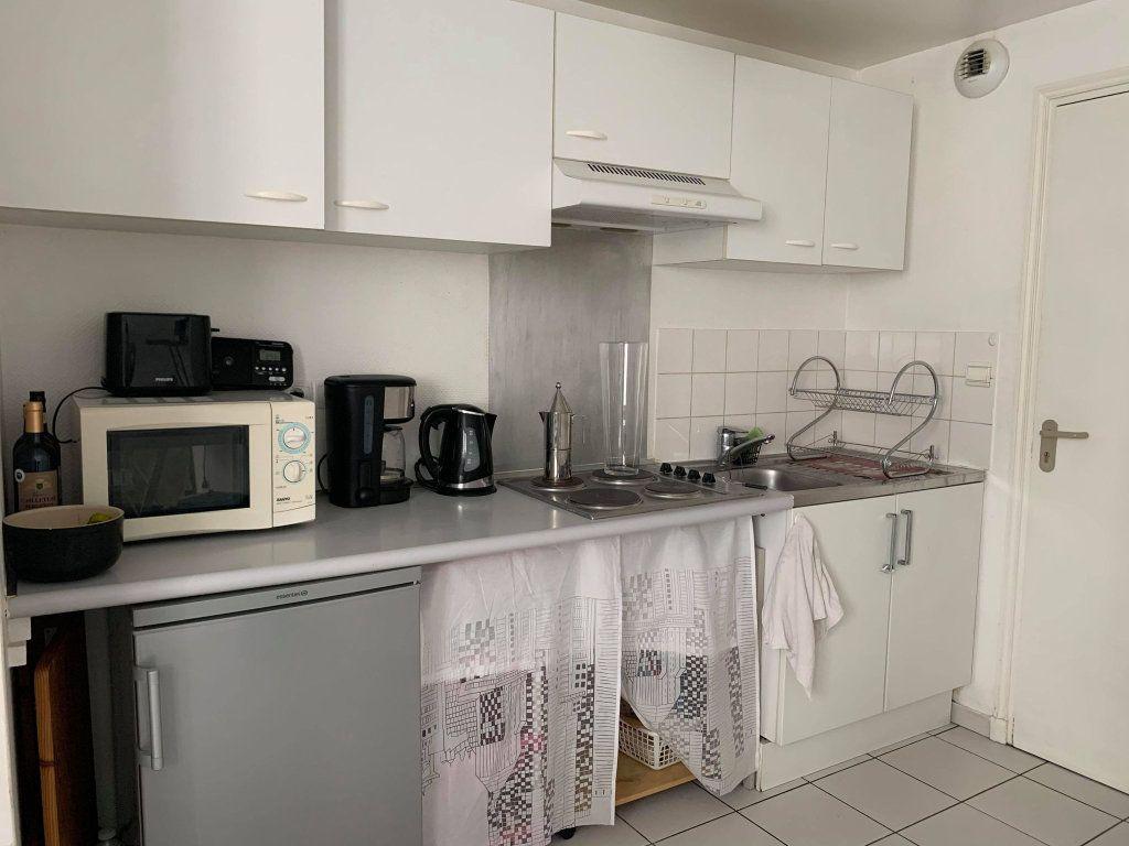 Appartement à louer 2 36.28m2 à Compiègne vignette-2