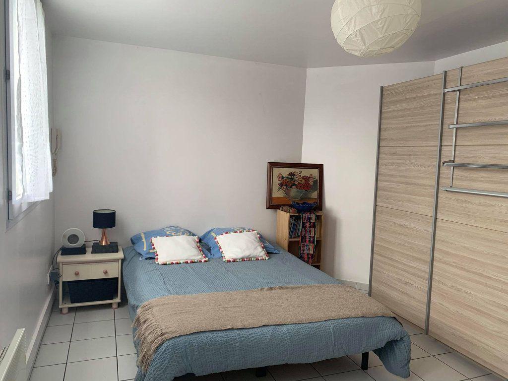 Appartement à louer 2 36.28m2 à Compiègne vignette-4