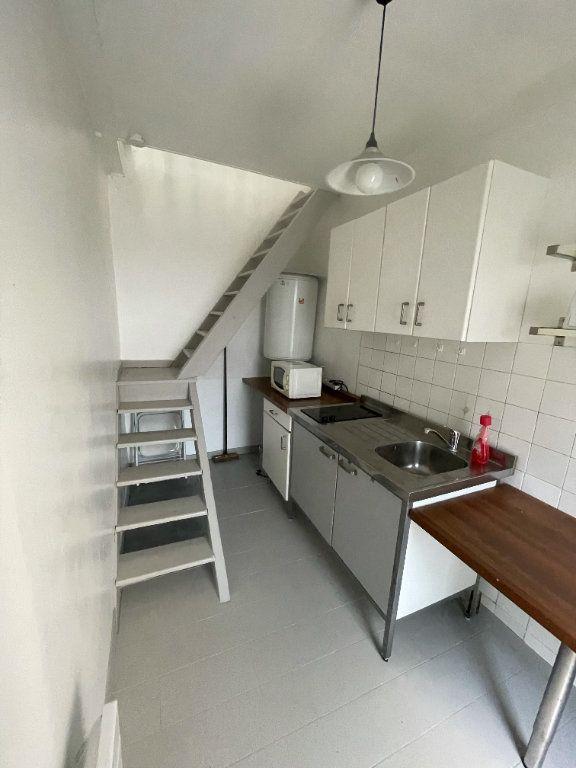 Appartement à louer 1 25.36m2 à Compiègne vignette-5