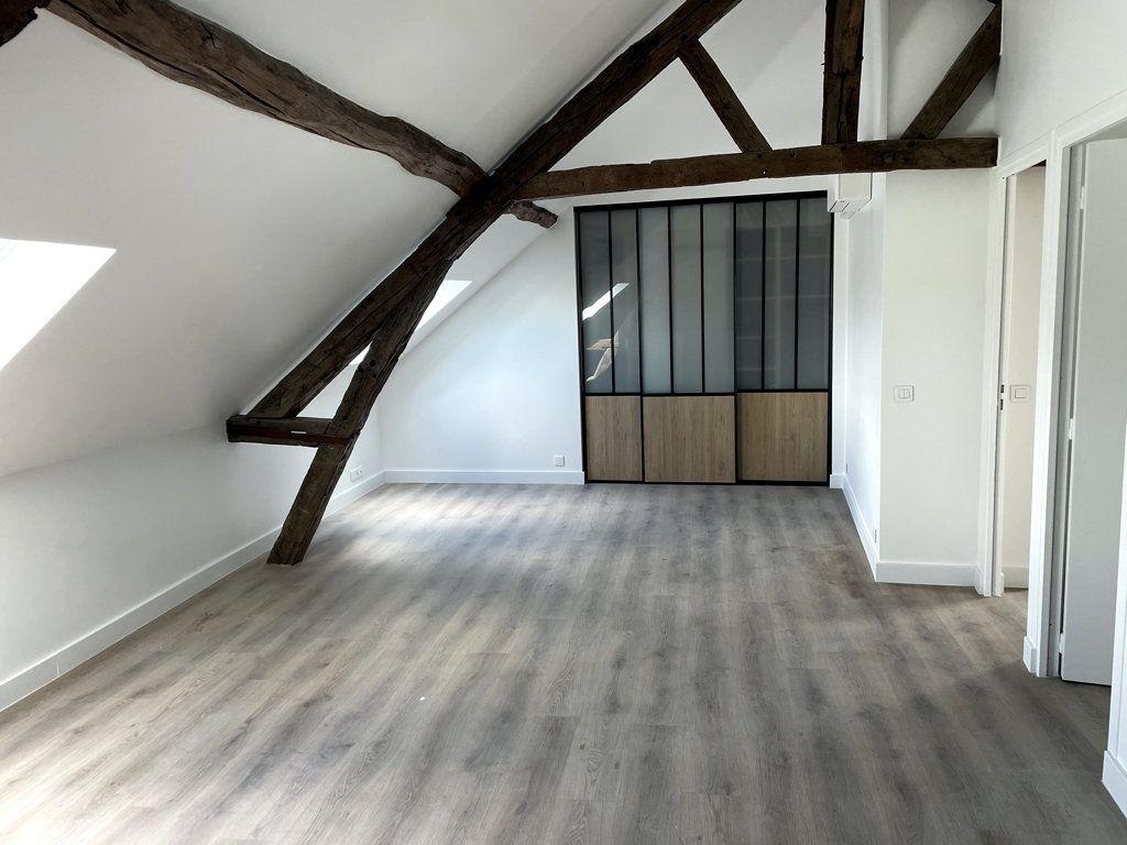 Appartement à louer 2 34.26m2 à Compiègne vignette-2