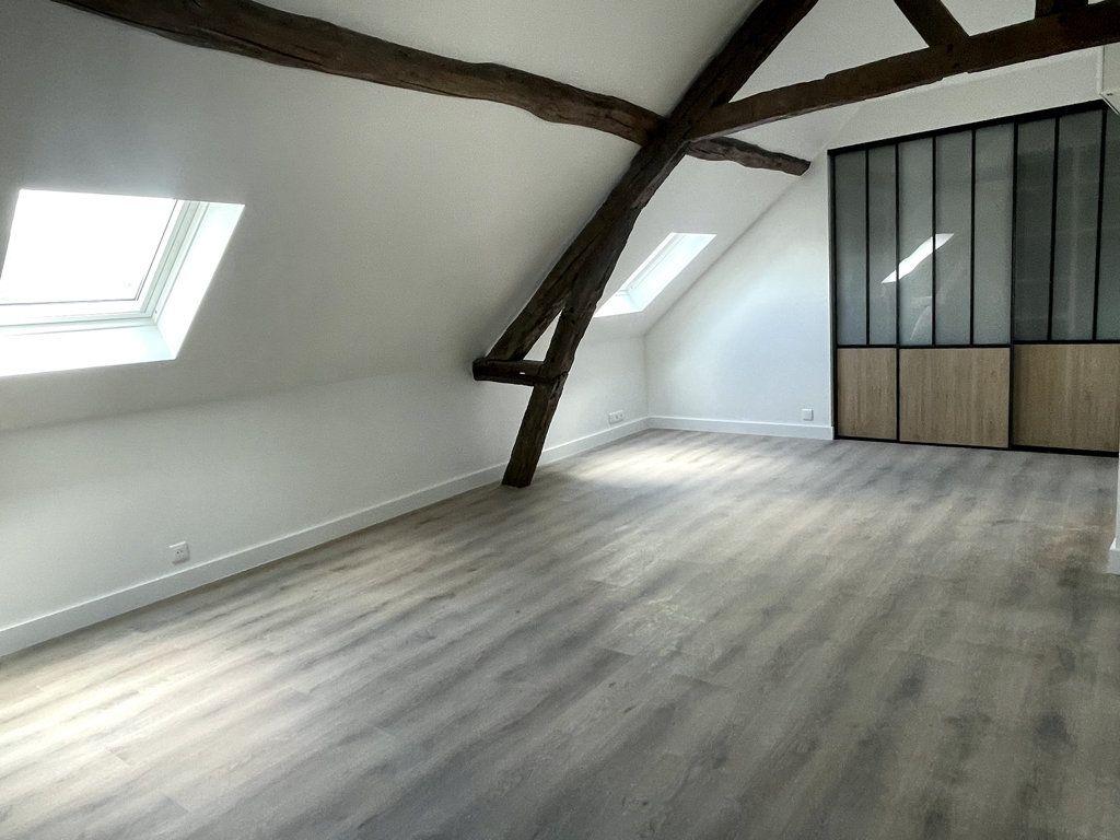 Appartement à louer 2 34.26m2 à Compiègne vignette-6