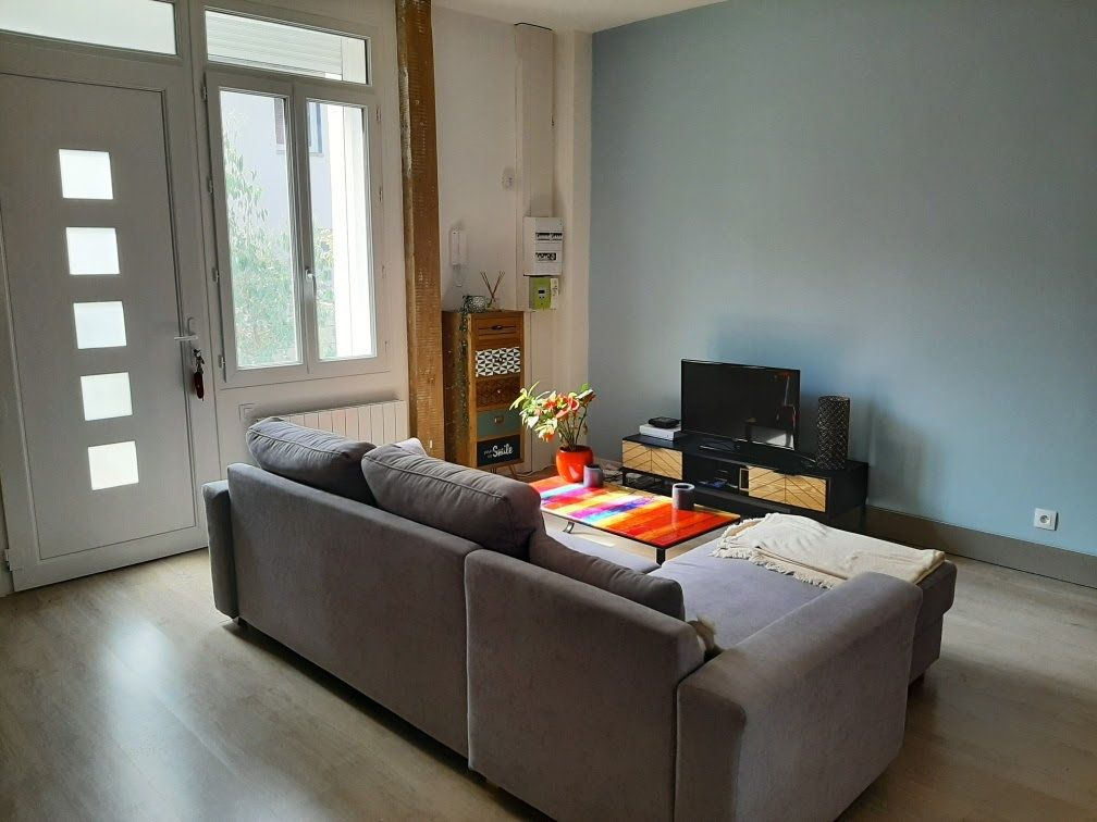 Appartement à louer 2 47.33m2 à Compiègne vignette-3