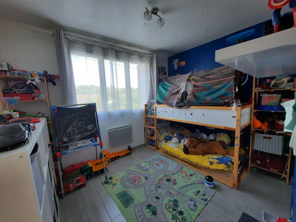 Maison à louer 4 69m2 à Vic-sur-Aisne vignette-6