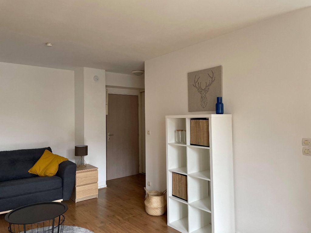 Appartement à louer 1 28.66m2 à Compiègne vignette-2