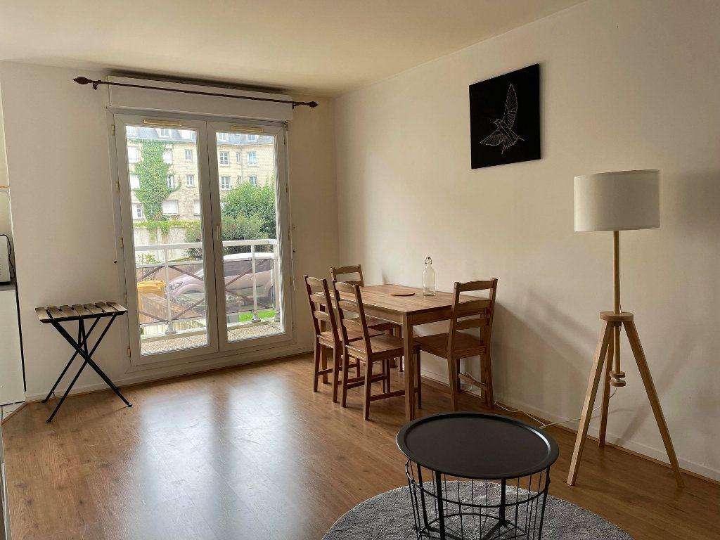 Appartement à louer 1 28.66m2 à Compiègne vignette-3