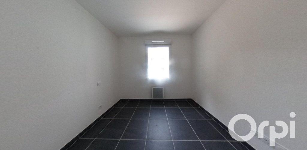 Appartement à louer 2 39.86m2 à Roquevaire vignette-4