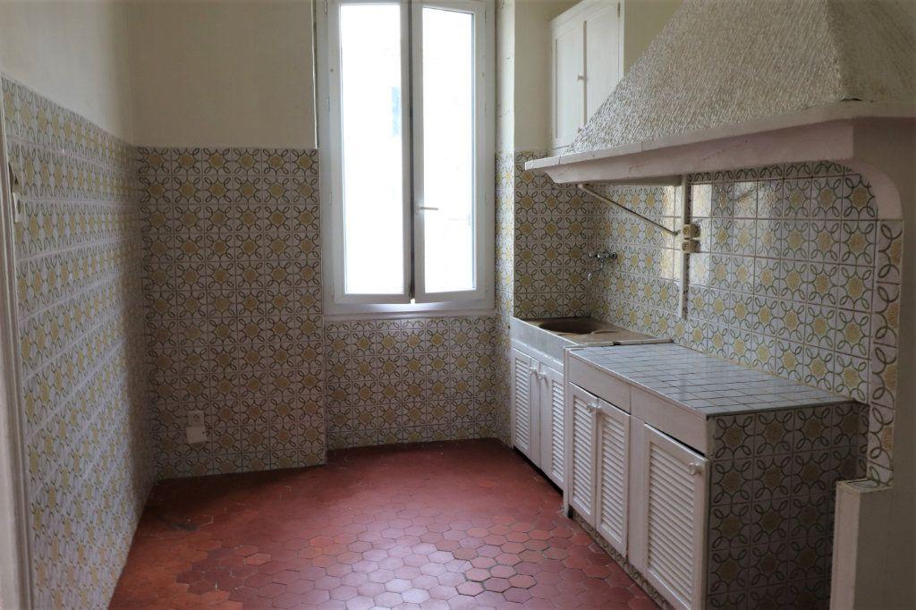 Appartement à louer 2 37m2 à Marseille 3 vignette-1