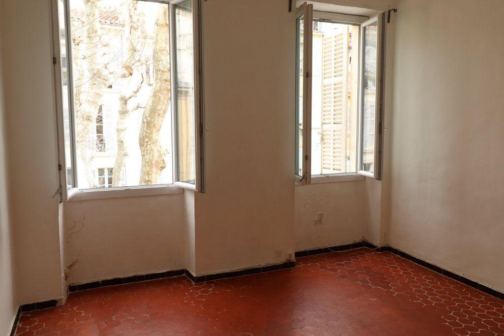 Appartement à louer 2 37m2 à Marseille 3 vignette-2