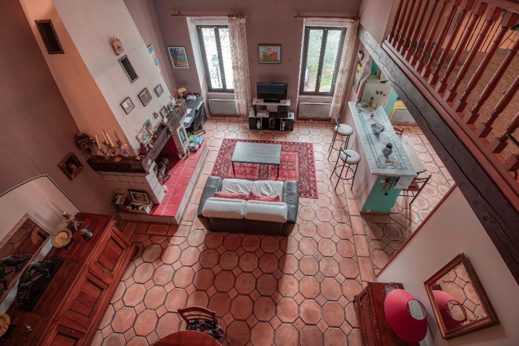 Appartement à vendre 4 123m2 à Fuveau vignette-7