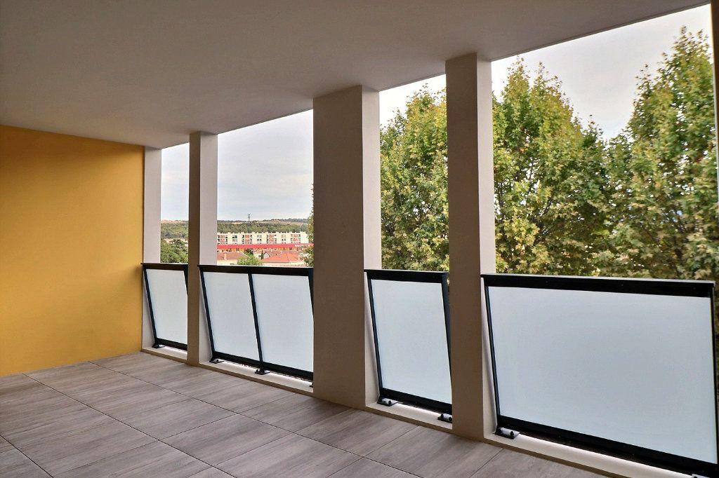 Appartement à louer 2 40.86m2 à Gardanne vignette-1