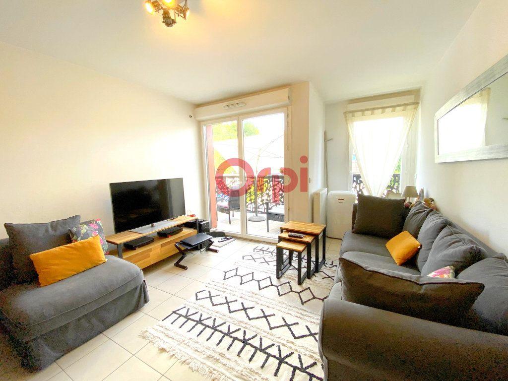 Appartement à vendre 3 55.95m2 à Sartrouville vignette-1