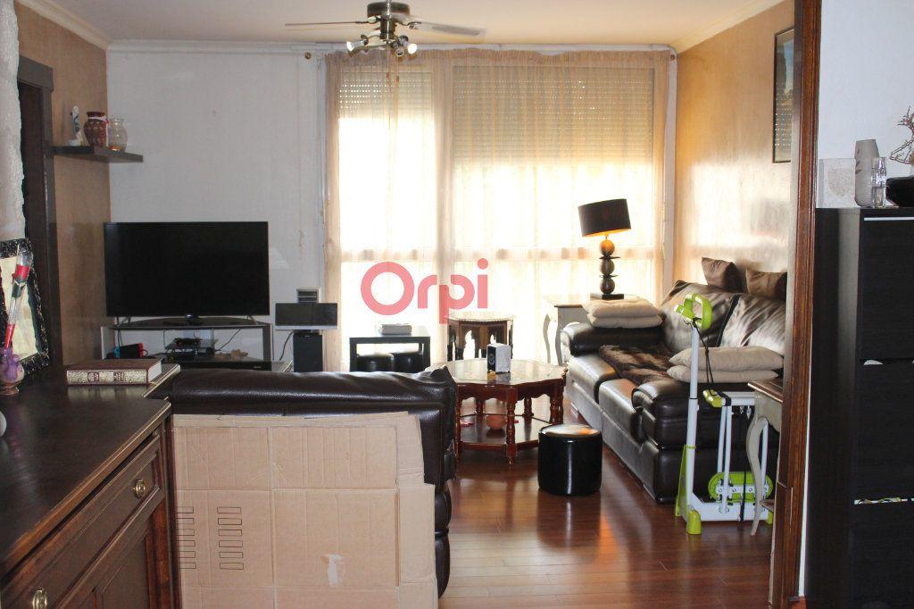Appartement à vendre 4 77.97m2 à Poissy vignette-3
