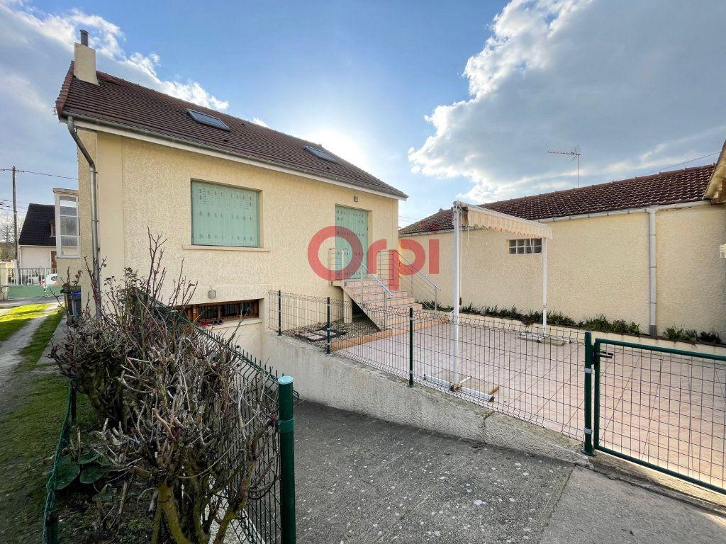 Maison à vendre 6 120m2 à Sartrouville vignette-2