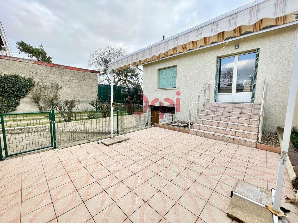 Maison à vendre 6 120m2 à Sartrouville vignette-6
