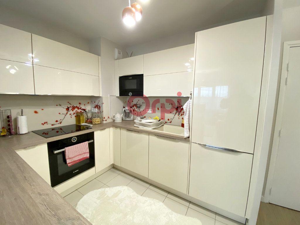 Appartement à vendre 3 60.5m2 à Sartrouville vignette-3