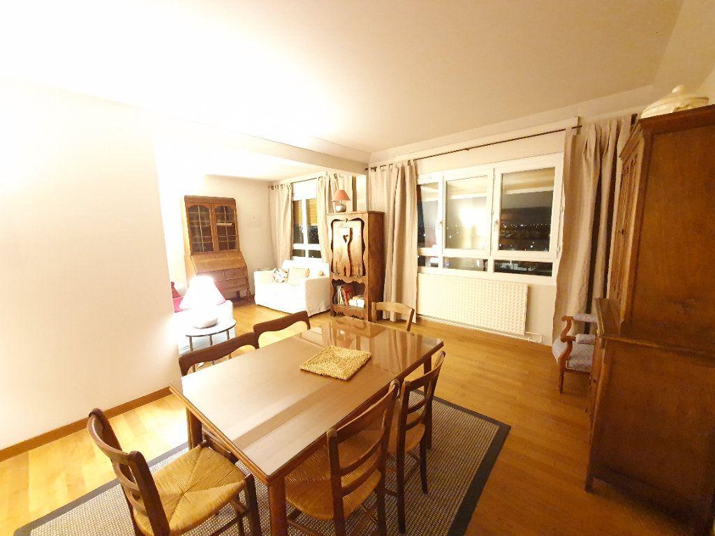 Appartement à vendre 5 78m2 à Sartrouville vignette-1