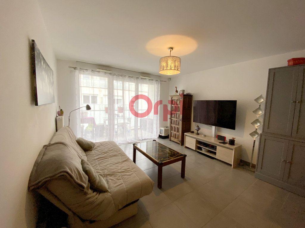 Appartement à vendre 3 59m2 à Sartrouville vignette-2
