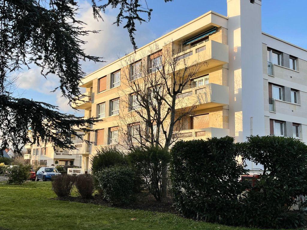 Appartement à vendre 4 94m2 à Montesson vignette-1