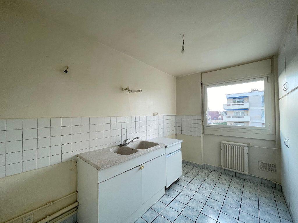 Appartement à vendre 4 94m2 à Montesson vignette-4