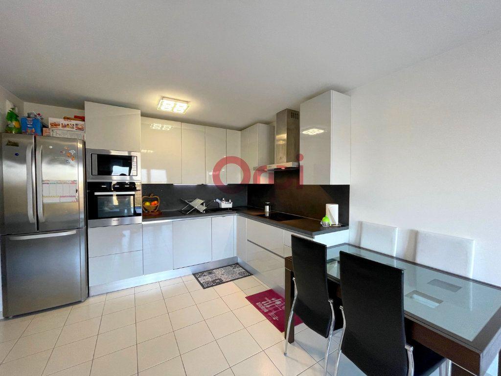 Appartement à vendre 4 77.7m2 à Sartrouville vignette-1